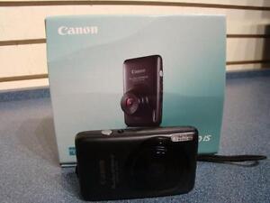 Canon. Appareil photo numerique.-- 478490