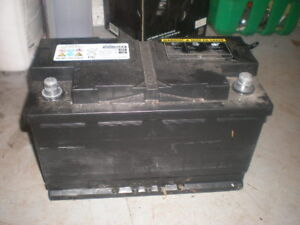 Top Post Car Battery 625 cold cranking amps