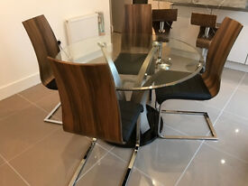 Designer Dining Table - 4 x Messina Walnut Chairs Ex-Showhome Furniture