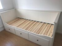 Bed - sofa bed / day bed to double bed