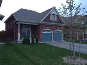 Few Year Old Bungalow For Rent in Barrie. Amazing location!
