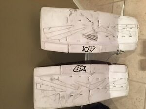 Goalie Pads :  Brian's  (junior)  27+1 Kitchener / Waterloo Kitchener Area image 1