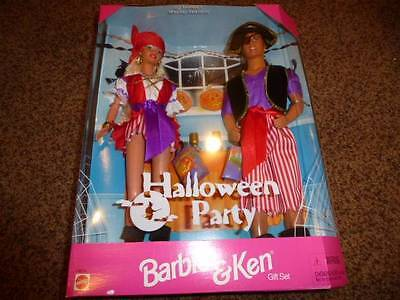 Vintage Barbie Ken Doll Halloween Party 19874 Pirates Target Costume NRFB 1998