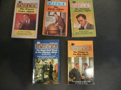 Man From Uncle 93 Item Lot 23 Ace Book Set 22 Gold Key Comic 22 Magazine 25 Card