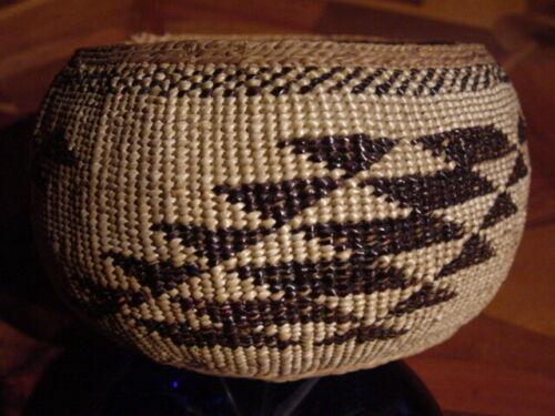 Antique Hupa Trinket  Basket