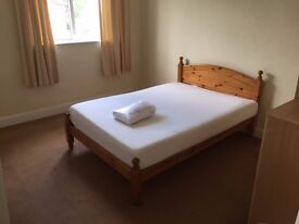 Very large room in beautiful shared house in Shirley, close to town and Solent Uni. [fully inc.]