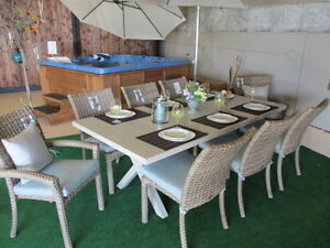**WOW**  BEAUTIFUL CABANA COAST DINETTE / W 8 CHAIRS!!