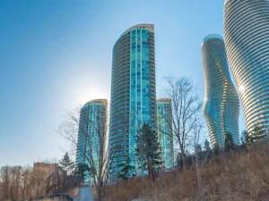 Spacious 2Br 2Wr Unit Sq-1 Heart Of Mississauga  80 Absolute Ave