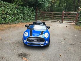 Kids Ride on MINI Cooper with charger and remote control