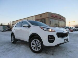 2019 Kia Sportage LX AWD, HTD. SEATS, BT, CAMERA, 15K!