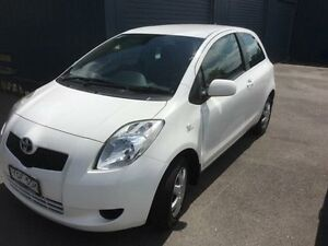 2008 Toyota Yaris NCP90R YR White 5 Speed Manual Hatchback Sandgate Newcastle Area Preview