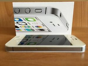 iPhone 4S, White, 8gb, Bell