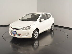 2013 Hyundai i20 PB MY13 Active White 6 Speed Manual Hatchback Victoria Park Victoria Park Area Preview