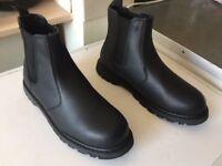 Mens Work Boots Nr2 Good Condition UK10 EU 44
