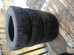 Four 215/65R16 Winter Tires