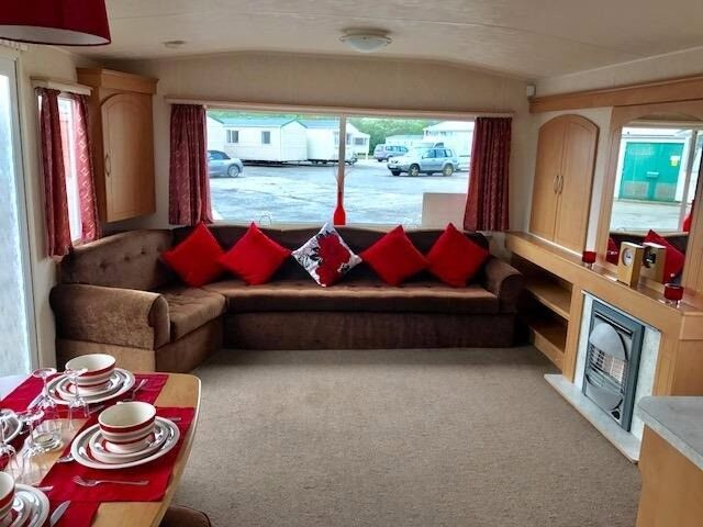 *AMAZING VALUE HOLIDAY HOME* Static Caravan For Sale on Coastal Park on the Beach in East Yorkshire
