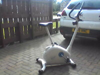 Davinia exercise bike great condition with computer settings , pulse etc , pressure adjustment etc
