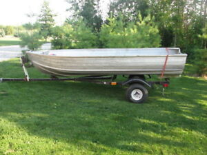 12' Aluminum Boat and Trailer with Ownership