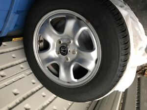 Like new Michelin Xice snow tire package for Honda HRV