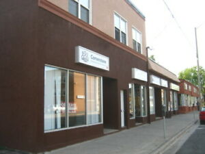 OSHAWA-1000 COMMERCIAL SPACE- NO TMI-RENT INCLUDES HEAT-FOR MAY