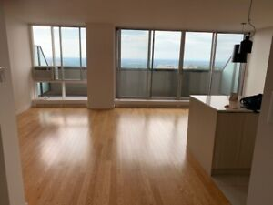 Apartment Penthouse for Rent - Cote-des-neiges - Two month free!