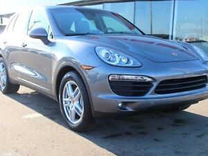 2014 Porsche Cayenne V8 | Local Cayenne | No Accidents | Air Sus
