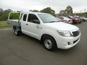 2013 Toyota Hilux GGN15R MY12 SR White 5 Speed Automatic Extracab Yagoona Bankstown Area Preview