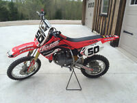 2006 Honda CR85R Dirt Bike