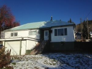 3 bed, 2 bath Rossland Home Available Long Term