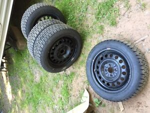 """P185/55R15"""" Dunlop snow tires and wheels"""