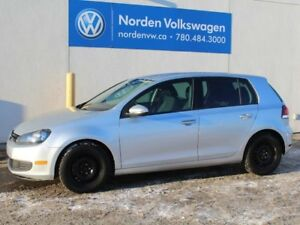 2013 Volkswagen Golf $ 144 / Bi-weekly payments O.A.C. !!! Fully