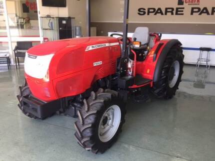 MCCORMICK F90GE TRACTOR FOR SALE