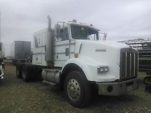 1995 T800 KENWORTH FOR PARTS 3406E rtlo18918b Edmonton Edmonton Area image 1