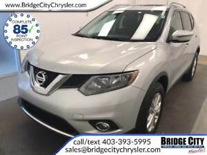 2016 Nissan Rogue SV, heated seats, sunroof!