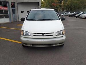 1999 Toyota Sienna LE CUIR TOIT MAGS West Island Greater Montréal image 3