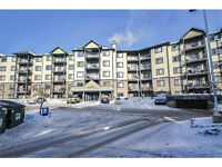 Great Location!! 2 Bedroom Apartment Available Right Away!!