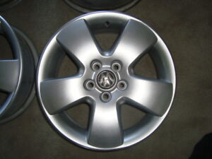 15 inch alloy rims 5 x 100 mm bolt pattern