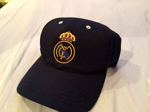Brand New REAL MADRID bleumarin hat