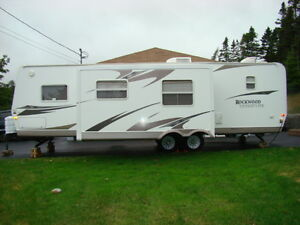 Rockwood Signature Ultra Light Trailer - 31BHS St. John's Newfoundland image 3
