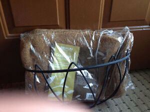 Plant Hanger with pre-cut Basket Liner - Brand New