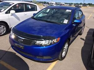2011 KIA FORTE EX, Sporty, Alloys, Sunroof, Power, Economical!!
