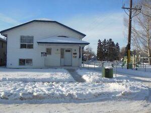 3 bedroom duplex suite available in Red Deer's Waskasoo