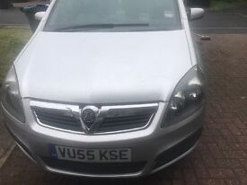Sliver Vauxhall Zafira 7 seater for sale