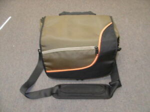 New Black & Green Professional Camera Carrying Case Bag