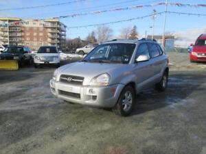 2007 Hyundai Tucson 4WD!!!! HEATED SEATS!! SUNROOF!!