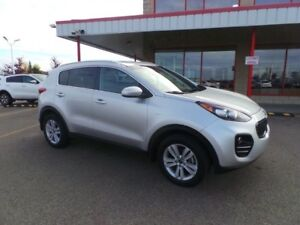 2017 Kia Sportage AWD LX Accident Free,  Heated Seats,  Back-up