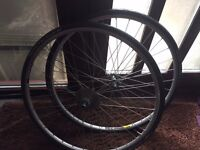 2 x Maddux 700cc Alloy wheels (with discs) in Black with Cyclocross Tyres