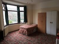 Nice room to share with a MAN to rent in Leytonstone, all bills included, free wifi, ID:116