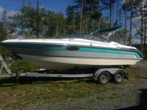 1990 21 1/2 foot chaparral speed boat