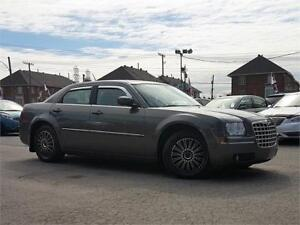 2008 Chrysler 300 Touring/AC/CRUISE/GROUP ELEC/AUX/BLUETOOTH!!!!